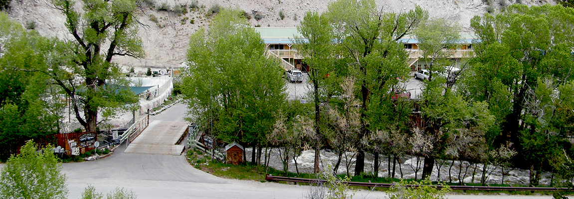 Cottonwood Hot Springs Inn & Spa
